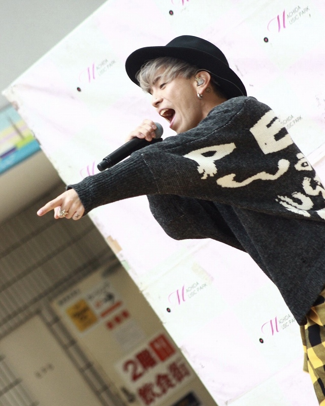 Brand New Vibes 敬太郎 × PCTOKYO 着用写真202002-25